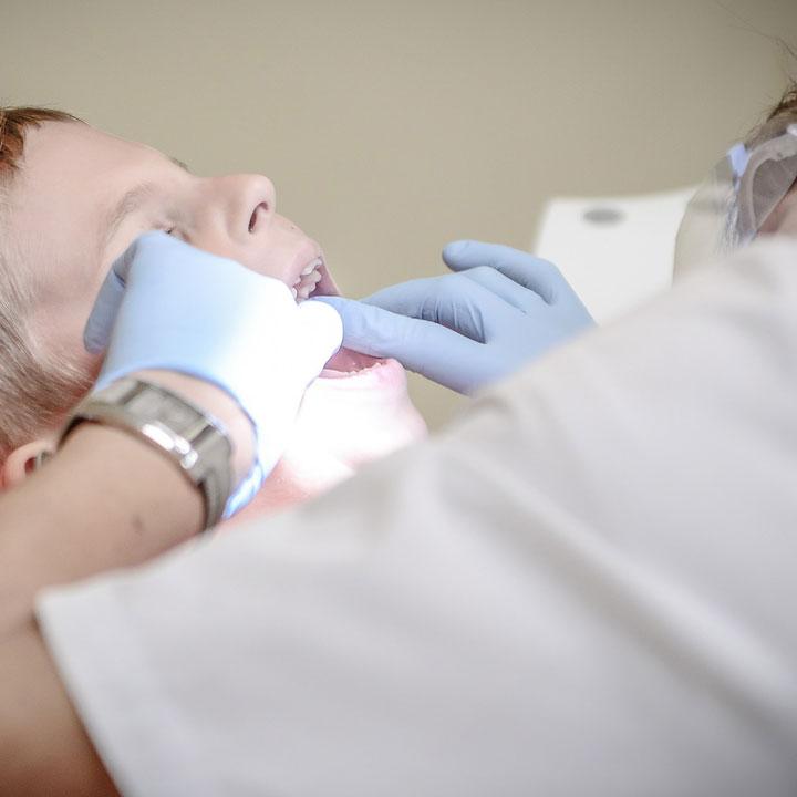 歯科助手なら「Denty」
